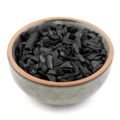 styrax v drevenom uhlí